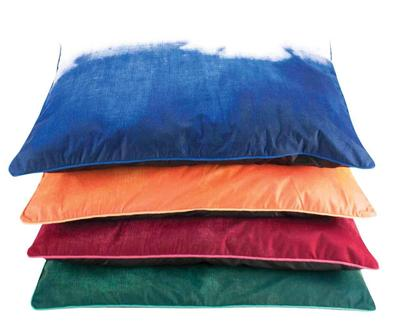 Tie Dye Fashion Pillow Bed