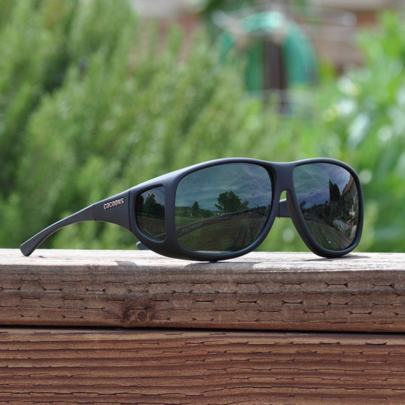 Aviator (Xl) Black Polarized Gray Lens Fit Over Sunglasses