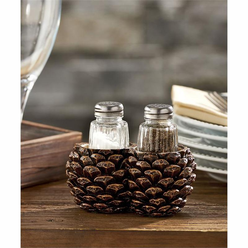 Pinecone Design Salt And Pepper Shaker Set