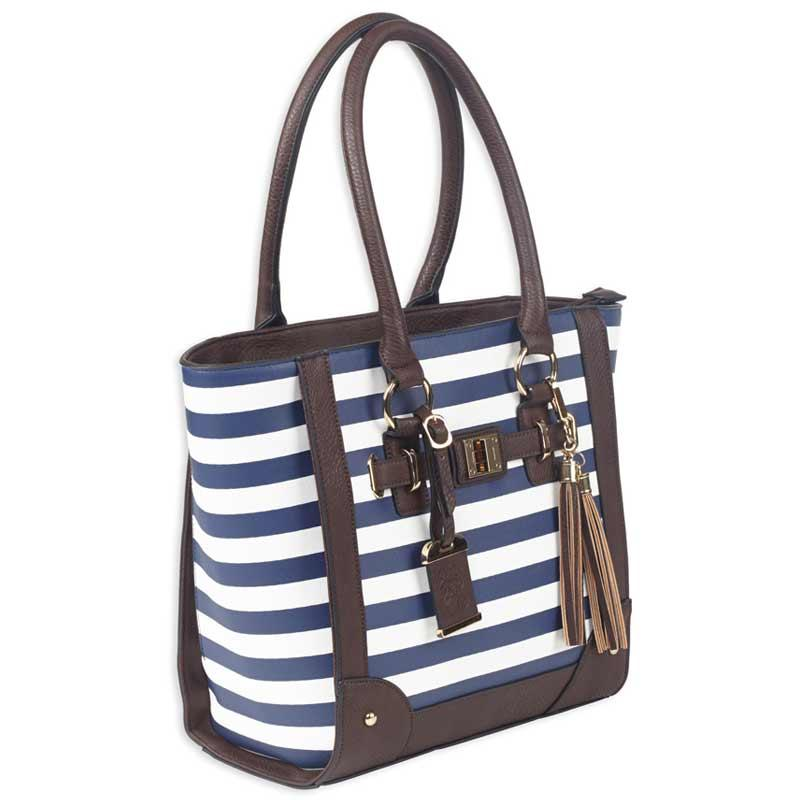 Tote Style Purse With Holster